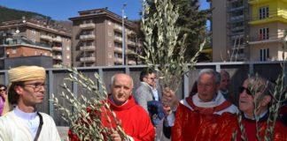 manuwebtv-Movimento-Celestiniano-Domenica-Palme-Messa-Benedizione-Chiesa-S-Bernardino-Piazza-dArmi
